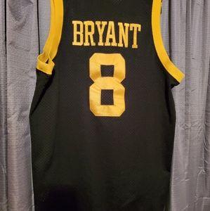 Mens Large vintage nike #8 kobe Bryant jersey
